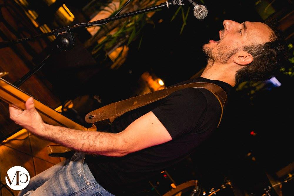 andrea agresti serata live music